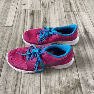 Nike Flex Experience RN Pink Athletic Shoes 8